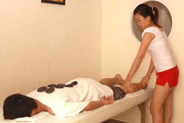 massage-18F711571-AEE0-1BFA-1A6B-3E8D58E712AB.jpg